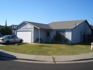 429 Aries Lathrop, CA 95330